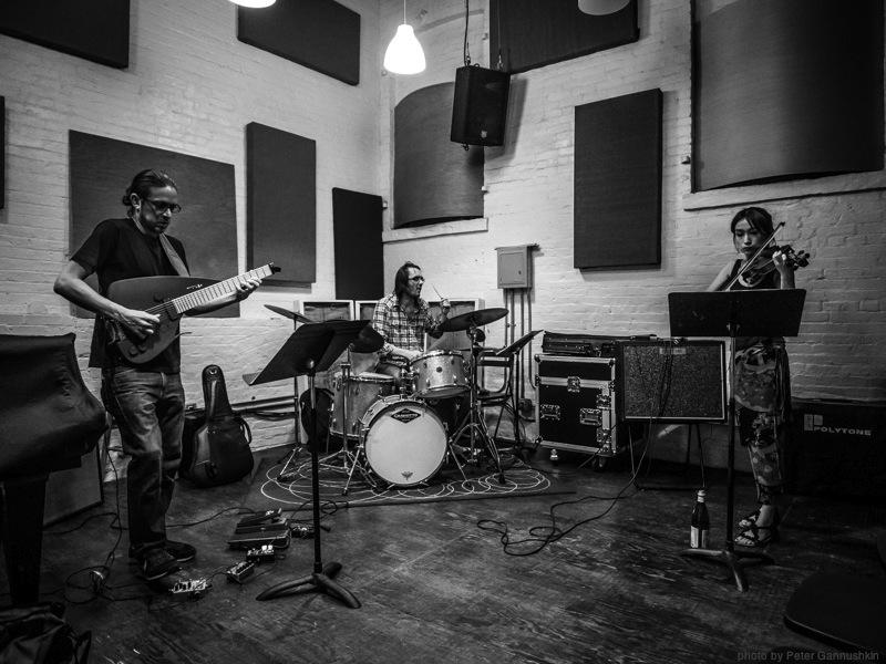 Harvey Valdes Trio Pic