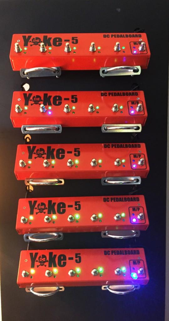 DC Yoke switcher